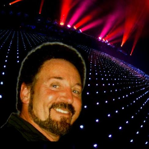 Hire Tom Jones Tribute - International Sexbomb for your event in St Asaph