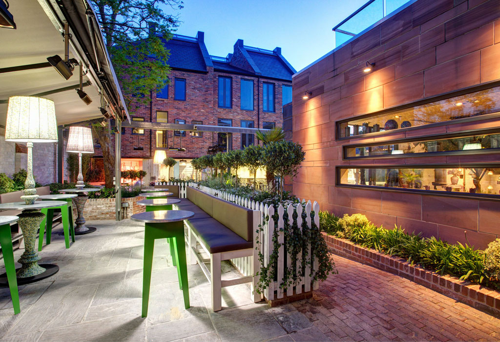 Hotel Oddfellows Chester for hire