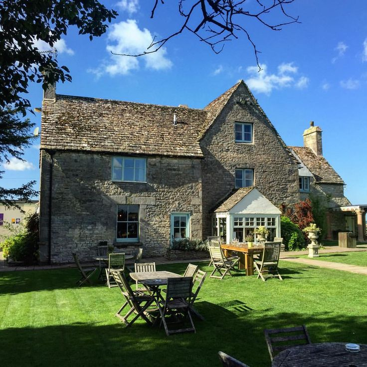 The Old Lodge Stroud for hire