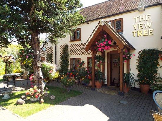 Yew Tree Inn Chalvington for hire