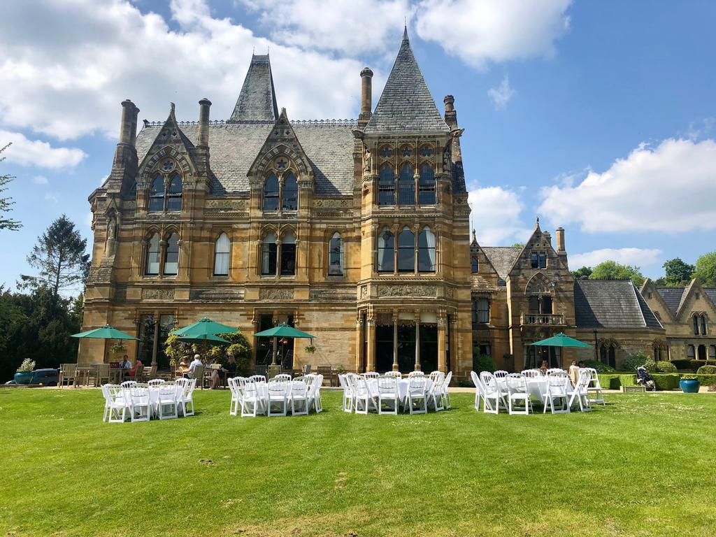 Kings Court Hotel for hire