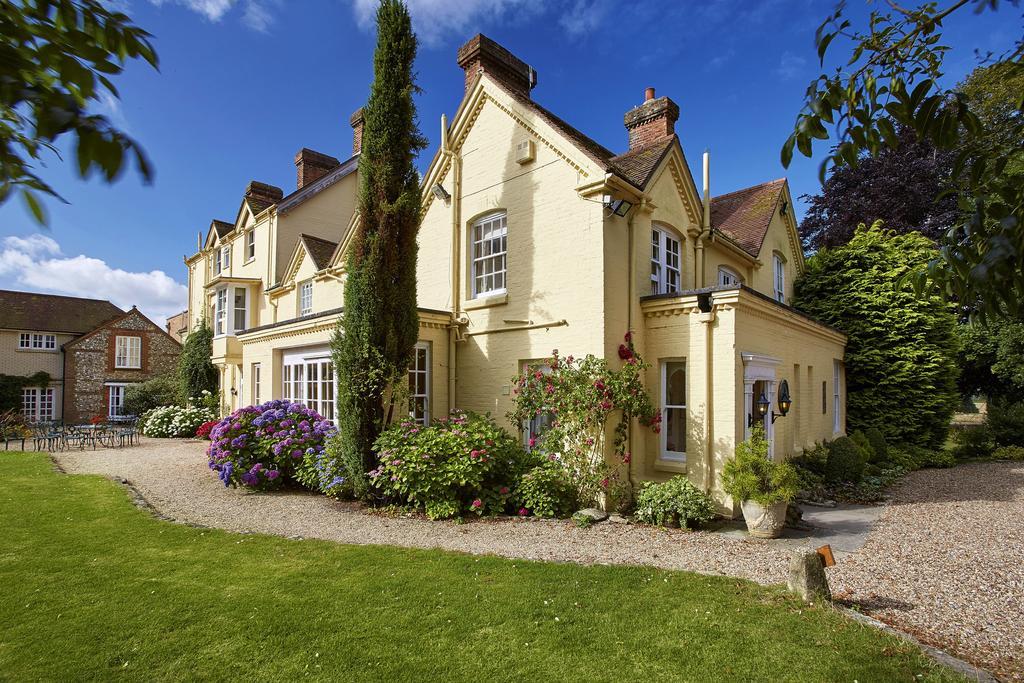 Esseborne Manor for hire