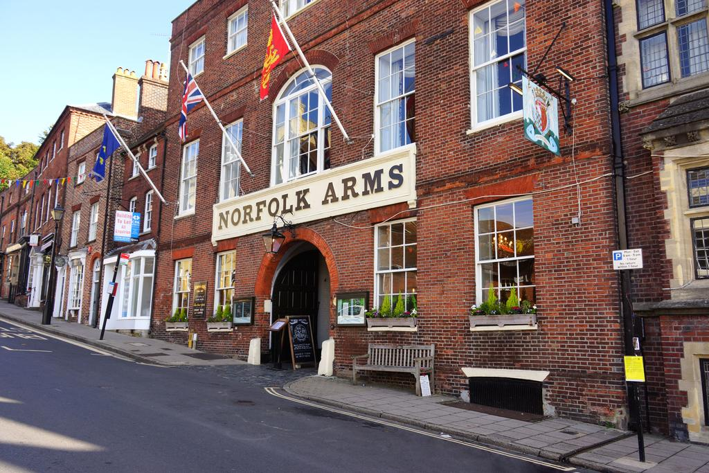 Norfolk Arms Hotel for hire
