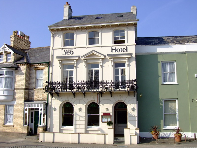 Yeo Dale hotel for hire