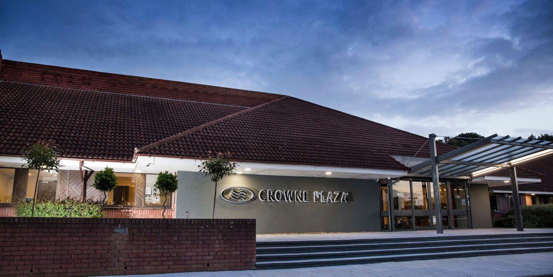 Crowne Plaza Basingstoke for hire