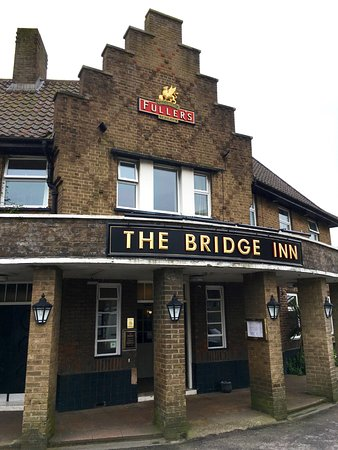 Bridge Inn for hire
