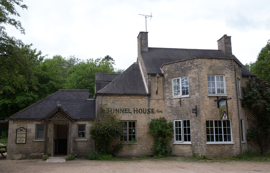 Tunnel House Inn for hire