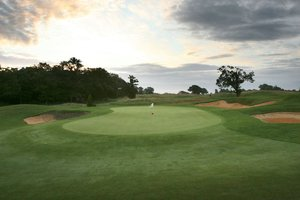 Chart Hills Golf Club for hire