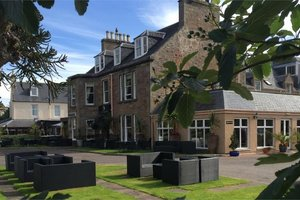 Glenmoriston Town House for hire