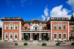 Eavves Hall country hotel for hire