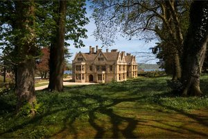 Coombe Lodge for hire