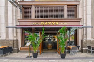 Davy's at Canary Wharf for hire