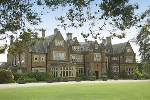Hartsfield Manor, Betchworth for hire