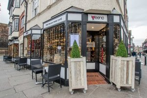 Veeno - The Italian Wine Cafe for hire