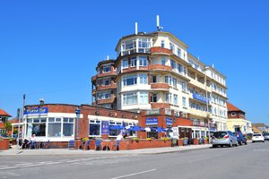 Expanse Hotel for hire