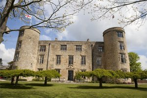 Walworth Castle Hotel for hire