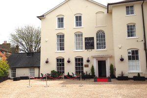 Kings Newmarket for hire