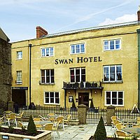 Swan Hotel, Wells for hire