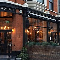 The Alice House Queen's Parkv for hire
