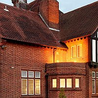 Holdiay Inn London bexley for hire