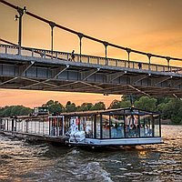 Bateaux London for hire
