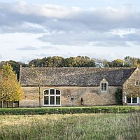 Lapstone Barn for hire